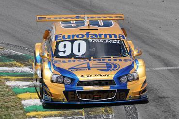 Ricardo Maurício é um dos que luta para, mais uma vez, ser campeão da Stock Car. Fernanda Freixosa/Vicar