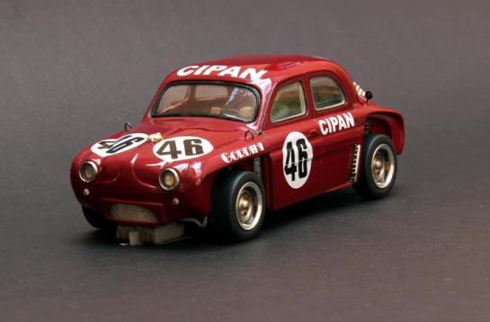124. +®plica da carretera Gordini, segundo lugar nos 1600Km de Interlagos de 1965, pilotada pelo Bird Clemente e Wilsinho Fittipaldi.