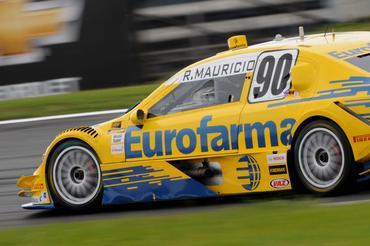 Carro do pole position Ricardo Maurício, da Eurofarma RC. - Fernanda Freixosa/Vicar