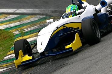 Igor Hoffmann foi o mais veloz na abertura dos treinos da Fórmula 3. - Bruno Terena/Vicar