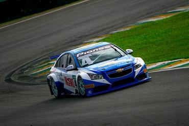 Chevrolet Cruze ocupa a vice-liderança da Copa Petrobras de Marcas. - Bruno Terena/Vicar