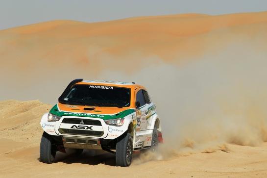 Guiga e Youssef seguem na 2ª colocação - Jorge Cunha / Aifa / Mitsubishi