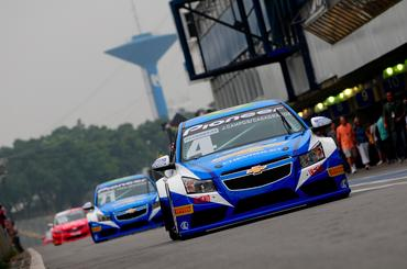 O Chevrolet Cruze de Julio Campos ocupa o segundo lugar entre as montadoras. - Duda Bairros/Vicar