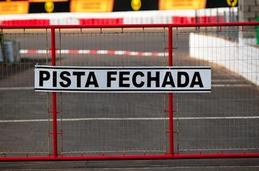Pista fechada nesta sexta-feira no tradicional Autódromo de Tarumã. - Duda Bairros/Vicar