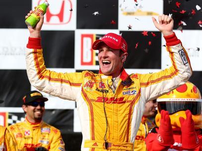 Atual campeão, Ryan Hunter-Reay venceu o GP do Alabama neste domingo