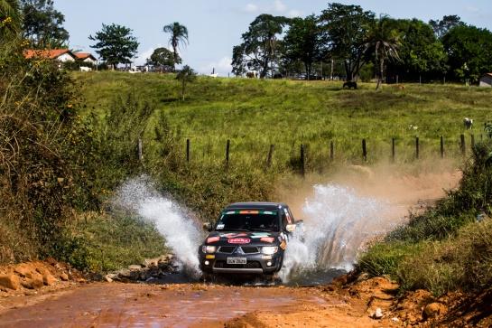 A segunda etapa do Mitsubishi Motorsports teve aventura de sobra - Adriano Carrapato/Mitsubishi