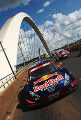 Ponte JK é um dos pontos turísticos bastante conhecidos de Brasília. - Duda Bairros/Vicar