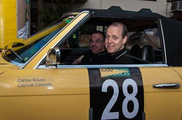 Mercedes de Carlos Sousa lidera o Rallye - Vera Lambiasi