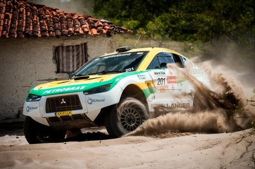 Em 2012, Rally dos Sertões passou por trechos com muita areia- Theo Ribeiro / Mitsubishi