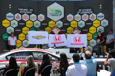 Ricardo Maurício levou seu Honda Civic a uma vitória no Autódromo de Tarumã. - Duda Bairros/Vicar