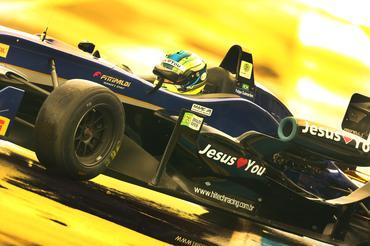 Brasiliense Felipe Guimarães em seu Fórmula 3 - Foto: Luca Bassani