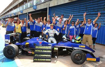 Hitech Racing: Bicampeão sul-americana de F3 Foto: Luca Bassani