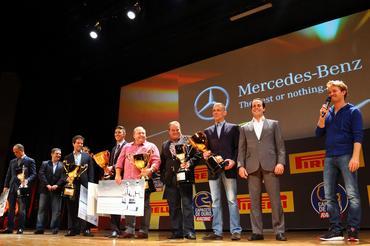 Nico Rosberg entregou a premiação na categoria Mercedes-Benz GC - Foto: Rafael Munhoz/Divulgação