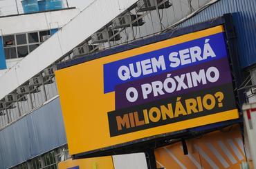 Corrida do Milhão, neste domingo, é a maior festa do automobilismo brasileiro. - Duda Bairros/Vicar
