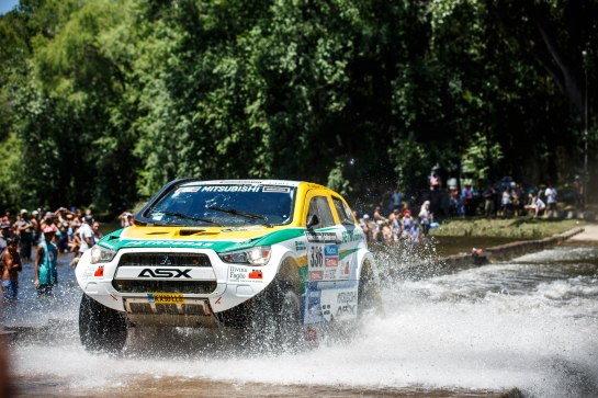 Equipe Mitsubishi Petrobras completou a segunda etapa do Rally Dakar - Vinicius Branca / Mitsubishi
