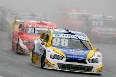 Primeira vitória de Fraga na Stock Car - Fernanda Freixosa/Vicar