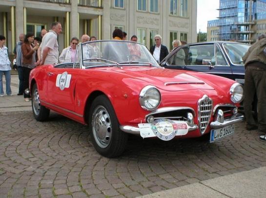 Alfa Romeo Giulia Spider 1600 Veloce