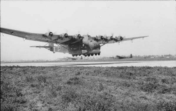 Flugzeug Me 323 Gigant